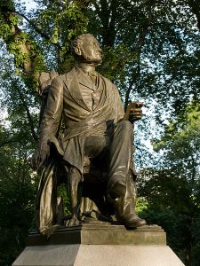 Statue of Fitz-Greene Halleck in New York's Central Park